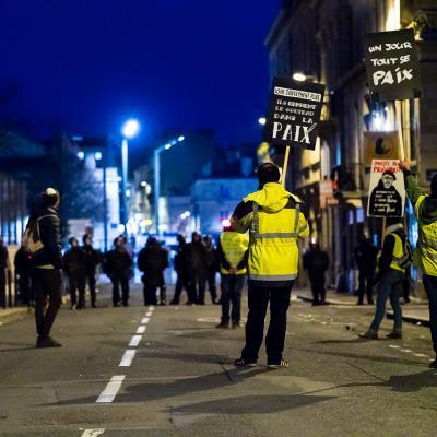 Manifestation gilets jaunes bordeaux 8 decembre 2