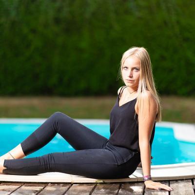 Photo mode bordeaux mannequin